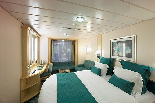 royal-caribbean-freedom-of-the-seas-1t