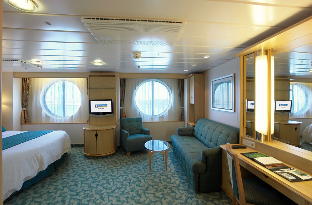 royal-caribbean-symphony-of-the-seas-ultra-spaciuos-oceanview